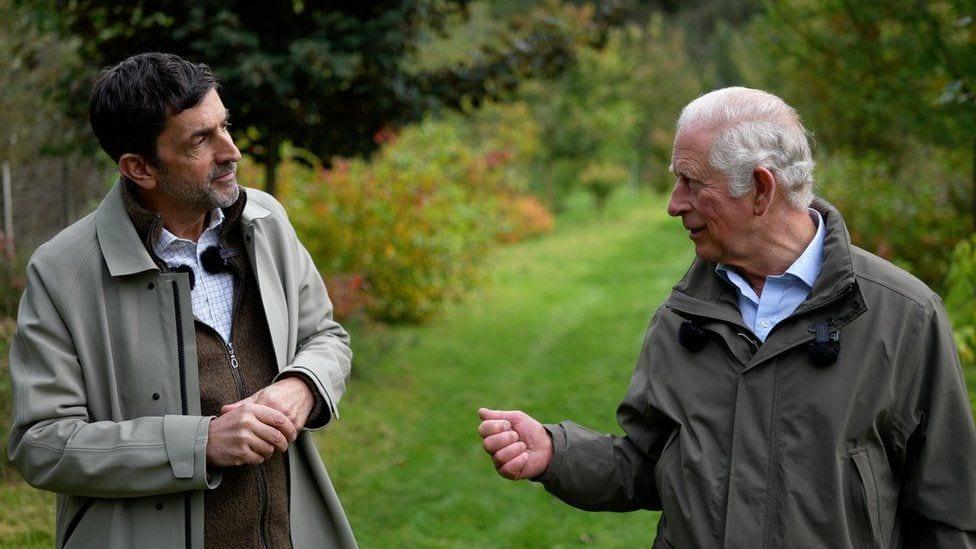 チャールズ英皇太子、環境保護活動について語る=BBC単独取材 - BBC News